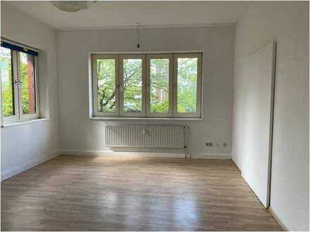 Geräumige 4-Zimmer-Wohnung im Gewerbegebiet Nord-Ahrensburg