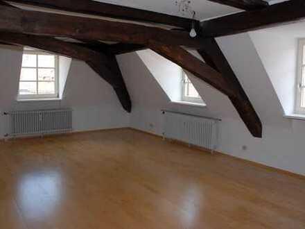 Maisonette-Dachgeschosswohnung im Zentrum von Durlach