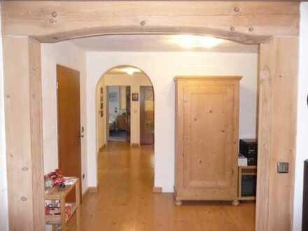 Schöne vier Zimmer Wohnung in Miesbach (Kreis), Warngau