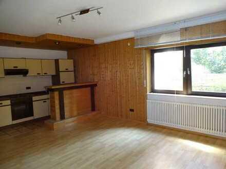 Freistehendes Zweifamilienhaus mit Einliegerwohnung in ruhiger Wohnlage!