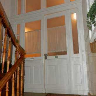 ANLAGEOBJEKTE von Privat .............3 sanierte helle denkmalgeschützte Wohnungen in zentraler Lage