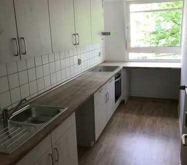3-Zimmer-Wohnung mit Balkon und Einbauküche in Eimsbüttel, Hamburg