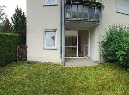 Hochwertige, ruhige, zentrale 3-Zimmer-Wohnung im Erdgeschoss mit kl. Garten