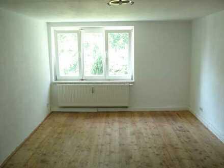 Preiswerte, gepflegte 5-Zimmer-Maisonette-Wohnung in renoviertem Fachwerkhaus in Dittmannsdorf