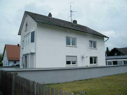 3-Familienhaus mit 3 Garagen, Carport, drei Wintergärten, Werkstatt