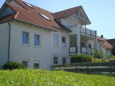 Schöne großzügige 4-Zimmer-DG-Maisonettewohnung in Hohenstein-Oberstetten