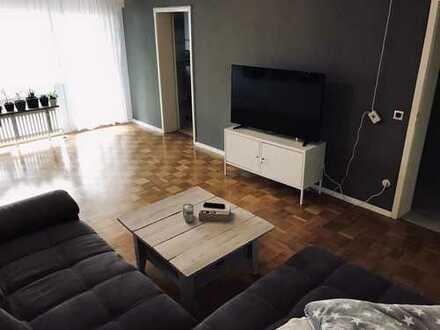 Gepflegte 3-Zimmer-Wohnung mit Südbalkon und Einbauküche in Schwäbisch Gmünd