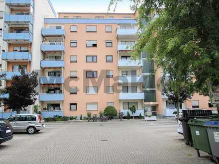 Renditeobjekt nahe Heidelberg: Gepflegte 2-Zi.-Erdgeschosswohnung mit Balkon in Oftersheim
