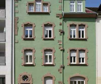Schöne 2-Zimmer-Dachgeschosswohnung in Dillweißenstein mit Balkon