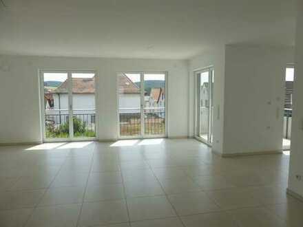 exklusive sonnige 3-Zimmer-Wohnung mit Balkon in Goldbach