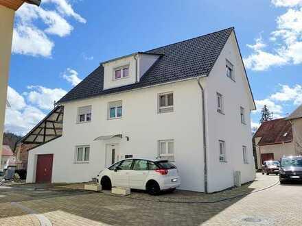 Dachgeschosswohnung zu verkaufen