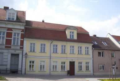 Attraktive 1-Raumwohnung im Deutschen Dorf - Laminat - Duschbad - bezugsfrei