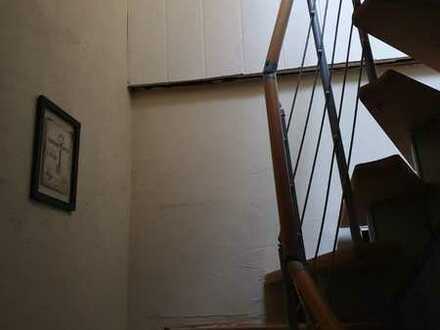 ruhige, gepflegte 4-Zimmer-Maisonette-Wohnung zur Miete in Wiebelskirchen