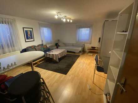 Gepflegte 1-Zimmer-Wohnung mit EBK in Heilbronn an NR
