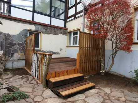Ländlich wohnen in neu renovierter 3-Zimmerwohnung mit Terrasse und Einbauküche