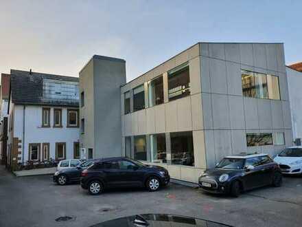 Großzügige Büro- / Praxisfläche in der Heilbronner Innenstadt