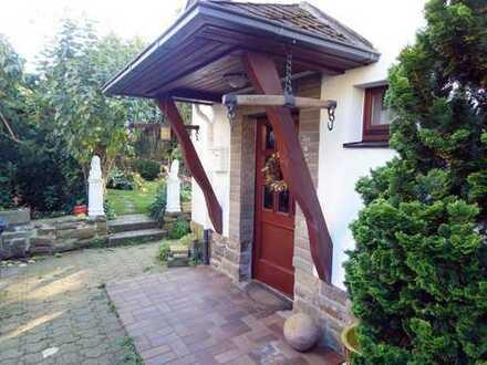 Engelskirchen - Freistehendes Einfamilienhaus in attraktiver Lage zu vermieten