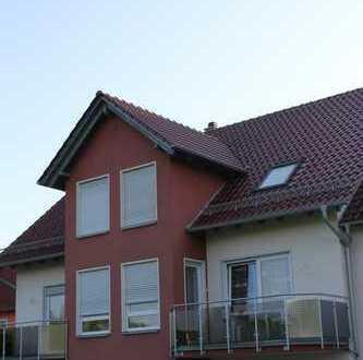 Modernes Haus mit Seeblick