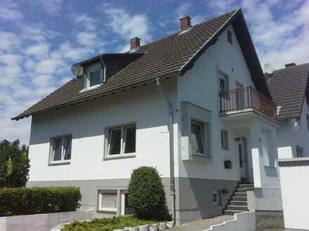 Schönes Haus mit sieben Zimmern in Rhein-Sieg-Kreis, Wachtberg