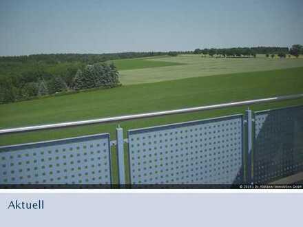 Wohnung mit Wintergarten, Balkon und Blick ins Grüne