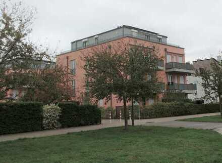 Schickes Penthouse mit umlaufender Terrasse