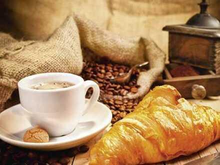 KRISTAN Immobilien: Café - Lounge - Restaurant mit Außenterrasse - starkes Mittagsgeschäft