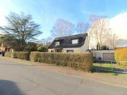 Entzückendes Siedlungshaus mit Potential auf Sonnengrundstück in Saseler Bestlage