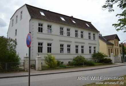 Mehrfamilienhaus mit großer Penthousewohnung im Zentrum von Meyenburg!