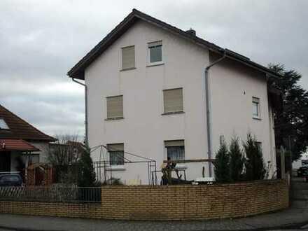 Renditechance für kluge Rechner ! Zweifamilienhaus in Bobstadt !