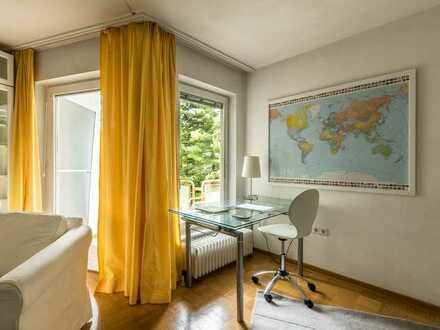 Mexikoplatz, ruhige, helle 1-Zimmer-Wohnung mit Balkon, Schwimmbad/Sauna in Anlage