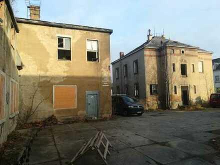 3.880 m² Sanierung oder Abriss? Gewerbeobjekt mit Wohnhaus in guter Lage von Heidenau