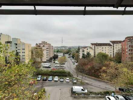 Gepflegte 4,5-Zimmer-Wohnung mit Balkon und Einbauküche in Sindelfingen