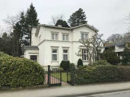 Großzügige Büro/Praxisfläche (auch in Verbindung von Wohnraum) in repräsentativer Villa in Bestlage