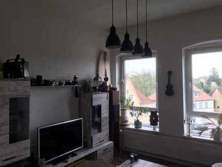 280 €, 49 m², 2 Zimmer