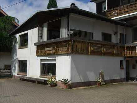 Gepflegte 3,5-Zimmer-Wohnung mit großem Balkon und neuer EBK in Münstertal