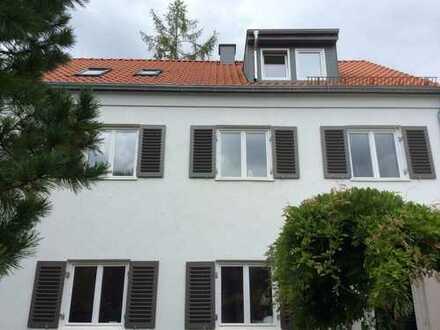 Wunderschöne helle Dachgeschoßwohnung
