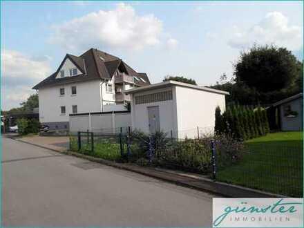 Unna-Massen: helle Maisonette-Wohnung mit Balkon und Carport-Stellplatz!
