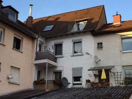 Ruhig und zentral Wohnen auf 2 Etagen wohnen