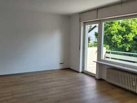 Schöne helle zwei Zimmerwohnung mit Balkon in Stutensee-Blankenloch