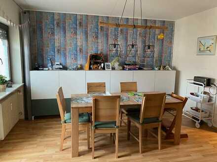 Familienfreundliche 5 Zimmer Wohnung in 76139 Karlsruhe-Hagsfeld