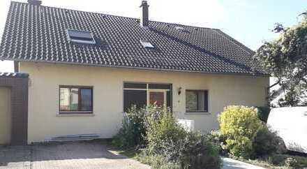 3-Zi-Wohnung mit Balkon in Südhanglage Schöneck - NEUES BAD