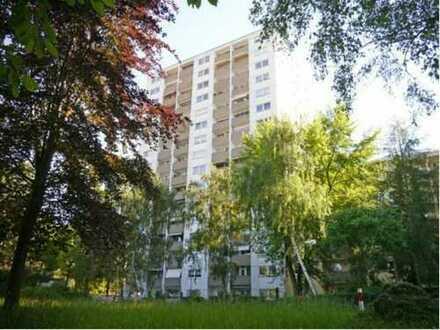 Gepflegte 3,5-Zimmer-Wohnung mit 2 Loggien und Einbauküche in Mainz