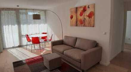 Komplett erneuert (2019) Modern möblierte 2-Zimmer-Wohnung mit Balkon
