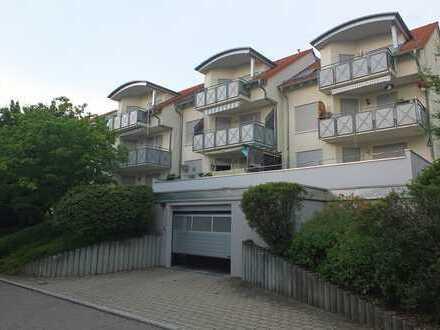 Moderne 3 Zimmer Wohnung mit Balkon in ruhiger Wohnlage