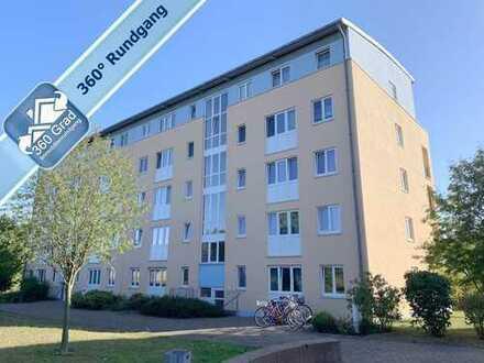 Sonnige 2-Zimmer-Eigentumswohnung im Dachgeschoss mit Balkon und Lift in Potsdam, OT Fahrland