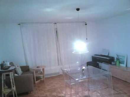 Helle 2-Zimmer-Wohnung für Nachmieter in Halle/Kröllwitz, Küche enthalten