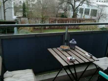 neu renovierte 1 ZKB, Pantry-Küche, Balkon, TG Doppelparker, direkt am Tivoli
