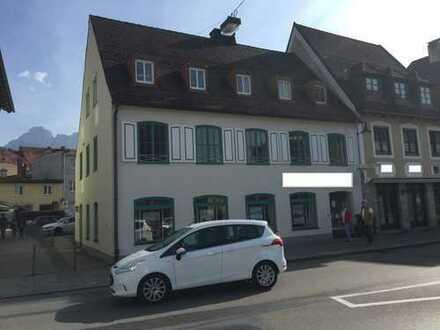 Füssen-Zentrum: Gewerberäume mit 6 Pkw-Stellplätzen direkt am Haus