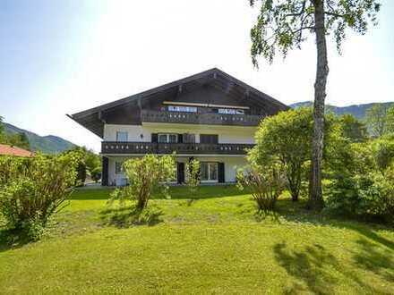Großzügige Dachgeschosswohnung in Zentrumsnähe Rottach-Egern