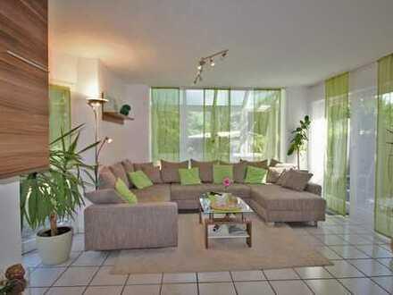 Ihr neues Heim mit großem Garten und Sonnenterrasse!